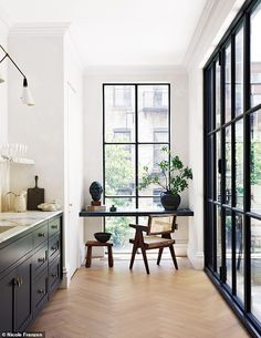 Designer and cook Athena Calderone has transformed her run-down townhouse into the epitome of downtown chic. Pierre Jeanneret, Interior Desing, Interior Design Inspiration, Style Inspiration, Chandigarh, Home Office Design, House Design, Window Desk, Window Ledge Decor