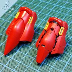 Custom Build MG Sinanju oleh Joshua Darrah + Foto Sebelum dan Sesudah Custom Gundam Tutorial, Gundam Mobile Suit, Gundam Custom Build, Mechanical Art, Modeling Techniques, Gunpla Custom, Old Anime, Gundam Model, Model Building