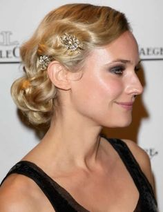 Diane Kruger-finger waves and sparkly hair pins Vintage Wedding Hair, Wedding Hair And Makeup, Vintage Updo, Vintage Waves, Retro Updo, Hair Wedding, Vintage Style, Gatsby Wedding, Retro Waves