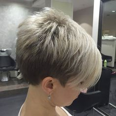 37 Stunning Short Hairstyles For Women With Thick Hair Short Grey Hair, Very Short Hair, Cute Hairstyles For Short Hair, Short Hair Cuts For Women, Pixie Hairstyles, Short Hair Styles, Short Wedge Hairstyles, Pixie Haircuts, Pelo Pixie