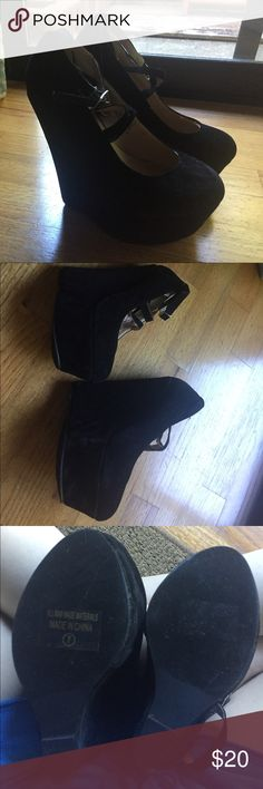 Black wedge shoes Black Chase &Chloe wedges brand new never worn Shoes Wedges