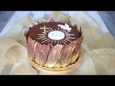 Tort komunijny z dekoracją z czekolady #5 - YouTube Cake Decorating Tutorials, Make It Yourself, Youtube, Desserts, Food, Tailgate Desserts, Deserts, Essen, Postres