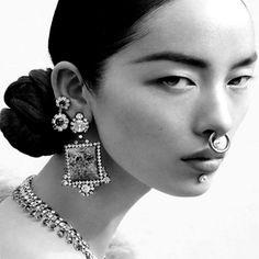 DEREK LAM https://www.fashion.net/derek-lam   #dereklam #fashionnet #mode #moda #style #model #designers