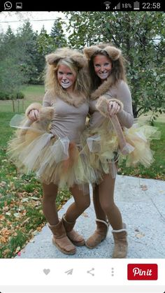 Womens Lion Diy Costume - How to make a lion costume. Next up in our diy sibling costumes. Homemade Lion Costume Ideas Carnival Costumes Lion Costume Dressing up as the king of. Lion Halloween Costume, Lion King Costume, Group Halloween Costumes, Costumes For Teens, Group Costumes, Cute Halloween, Cool Costumes, Costume Ideas, Diy Lion Costume