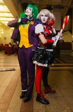 kateordie: thegeekcritique:  Female Joker Cosplay - more pics here  I'm real obsessed with this, I gotta say.