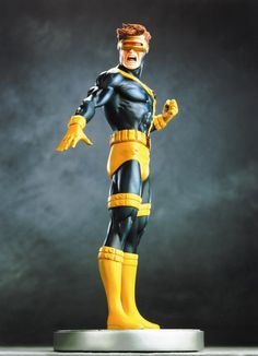 Cyclops Modern statue (2002)  Sculpted by: Randy Bowen    Release Date: February 2002  Edition Size: 3000  Order Of Release: Phase I (statue #31)