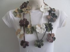 Crochet Flower Scarf in Gray Tones by zahraknitting on Etsy