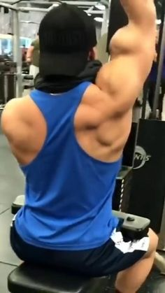 Bicep And Tricep Workout, Gym Workout Videos, Gym Workout For Beginners, Gym Workouts, Bodybuilding Workouts, Men's Bodybuilding, Bodybuilding Nutrition, Ripped Workout, Academia Fitness
