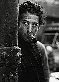 Dustin Hoffman - Midnight Cowboy, New York, 1968 🔸 Steve Schapiro Dustin Hoffman, Tv Actors, Actors & Actresses, Hollywood Stars, Classic Hollywood, Fotografia Pb, Midnight Cowboy, Photo Vintage, Foto Art