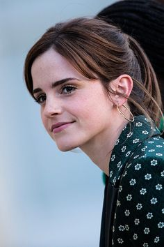 We Love Emma Watson We Love Emma Watson,Emma Watson Emma Watson grande celebrities eilish watson gomez Emma Watson Beautiful, Emma Watson Sexiest, Emma Watson Stil, Fangirl, Harry Potter Film, Actrices Hollywood, Daniel Radcliffe, Hermione, Beautiful Actresses