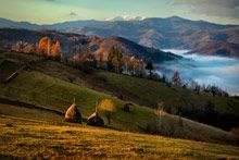 Haystacks and mountains - rural Transylvania, 2009 by Mitchell Kanashkevich Places To Travel, Places To See, Travel Destinations, Site History, Travel Photographer, Travel Inspiration, Beautiful Places, Amazing Places, Around The Worlds