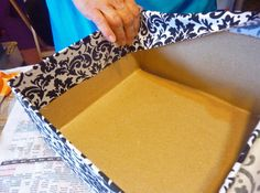 Fabric covered box how to  http://www.craftsunleashed.com/bridal-party/tiered-wedding-card-box/?utm_source=feedburner_medium=email_campaign=Feed%3A+craftsunleashed%2FKgxN+%28Crafts+Unleashed%29