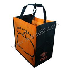 Non-Wooven bags are popular corporate gifts item used in various industries    in Singapore. We are selling with exclusive offers at affordable price.For more informatoin please visit :http://goo.gl/lE9V21