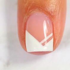 FRENCH NAIL ART Would you try this pin by yourself?Would you try this pin by yourself? Diy Nails, Cute Nails, Pretty Nails, Nail Art Designs Videos, Nail Art Videos, French Nails, Bridal Nail Art, Nail Art Blog, Nailart