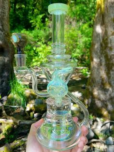 glass bong Weed Pipes, Pipes And Bongs, Weed Bong, Cool Bongs, Water Bongs, Puff And Pass, Glass Bongs, Mary J, Glass Pipes