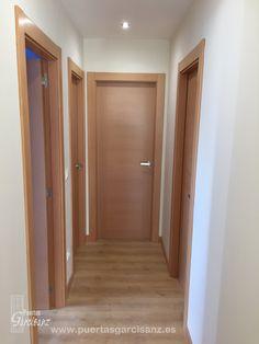 Deco TS Más Grey Interior Doors, Door Design Interior, Wall Decor Design, Interior Windows, Luxury Interior, Doors And Floors, Wood Doors, Modern Windows And Doors, Double Entry Doors