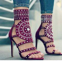 a8c010e50 Sapatos Altos, Sandalia Salto, Saltos Tumblr, Salto Fino, Sapatos Fashion,  Sapatos
