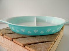 Vintage+Pyrex+Turquoise+Snowflake+Divided+by+TGALCOLLECTIBLES,+$8.00