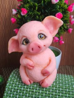 Фотография Polymer Clay Animals, Polymer Clay Crafts, Sculpture Clay, Sculptures, Pet Pigs, Clay Design, Clay Figures, Paperclay, Clay Projects