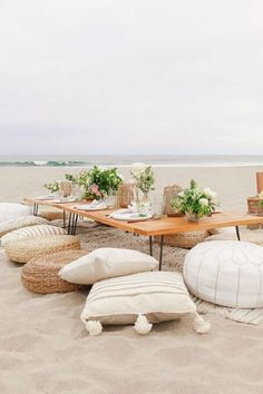 How to throw the best summer party, featuring The Little Market towels, napkinsm and glassware. picnic tables How To Throw The Best Summer Party Beach Dinner, Beach Picnic, Picnic Set, Picnic Ideas, Decoration Evenementielle, Table Decorations, Beach Decorations, Beach Party Decor, Welcome Home Parties