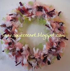 Ghirlanda in fiore Wreath Crafts, Wreath Ideas, Spring Is Here, So Little Time, Upcycle, Recycling, Floral Wreath, Wreaths, Fabric