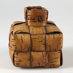 Birch bark container used for salt to help entice and round up livestock.... #upplandsmuseet #sweden#folkart#neverfletting#birchbarkbasket#swedishfolktradition