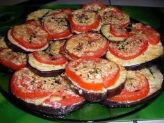 Top 10 best recipes with eggplant – simple and delicious! Easy Home Recipes, Healthy Recipes, Healthy Snacks, Cooking Recipes, Eggplant Tomato Recipe, Eggplant Recipes, Good Food, Yummy Food, Tomato And Cheese