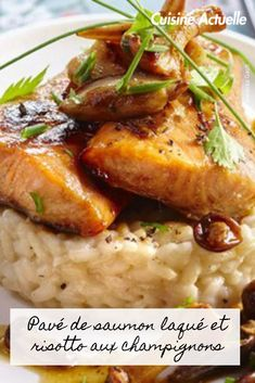Découvrez vite cette recette. Meat, Chicken, Shirt, Food, Design, Smoked Trout, Mushroom Recipe, Recipe Of The World, Flat Tummy