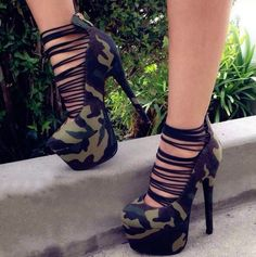 New Fashion Camouflage Cut-Outs Platform Heels