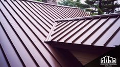 Standing Seam Metal Roofing Service In-Standing Seam Metal Roof Pictures Black Metal Roof, Metal Roof Colors, Metal Roofing Systems, Steel Roofing, Aluminum Roofing, Roofing Materials, Metal Roof Houses, House Roof, Metal Roof Over Shingles