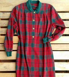 Maglione lungo a quadri e bottoni dorati 38 euro! #woodstockzambon   #vintage