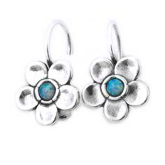 Cercei din argint cu pietre semipretioase in forma de floare. Cerceii sunt lucrati manual de artizani din Israel Israel, Turquoise Bracelet, Gemstone Rings, Gemstones, Bracelets, Jewelry, Jewlery, Bijoux, Schmuck