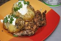 MarksBlackPot: Dutch Oven Recipes and Cooking: Dutch Oven Jerk Chicken, with Seasoned Baked Potatoes