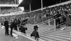 Police take precautionary measures to prevent hooligan incidents which had marred recent games at the Lane ahead of Spurs' win over Liverpool in a September 1971 First Division clash. Martin Chivers and Martin Peters scored for the hosts Football Hooliganism, British Football, Football Stadiums, Martin Peters, Image Foot, London Pride, Spurs Fans, White Hart Lane, Tottenham Hotspur Fc