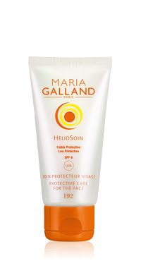 Maria Galland. Helíosoin. Soin protecteur. Cos, Healthy Living, Workout, Face, Beauty, Healthy Life, Work Out, Healthy Lifestyle, Beauty Illustration