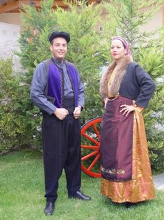 So-called 'Anatoliko' costumes. From emigrants from Anatolia, now living in nothern Greece. Clothing style: ca. Folk Dance, Female Clothing, Greeks, Macedonia, Albania, Traditional Outfits, Ottoman, Sari, Costumes