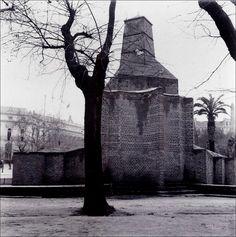 Fuente de Apolo protegida contra los bombardeos. Abril 1939.(Albert- Louis Deschamps)