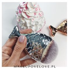 Srebrna syrenka - pędzelek do makijażu #makeupovelove #pędzelek #makeupbrushes #mermaid