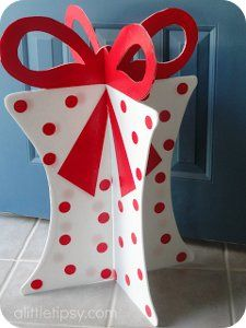 Giant Present Entryway Decoration | AllFreeChristmasCrafts.com