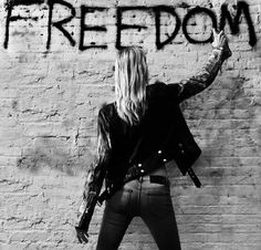 Photography black and white girl freedom 17 ideas Estilo Rock, Black And White Girl, White Girls, Black Swan, My Sun And Stars, Foto Art, Red Queen, Girl Gang, Black And White Photography