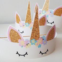 Ideias para decoração de festa tema Unicórnio Não trabalhamos com decoração, fazemos apenas os bolos da página: Paty Shibuya Bolos ...