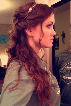 Roman goddess hair
