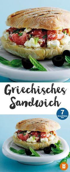 Griechisches Sandwich | 2 Portionen, 7 SmartPoints/Portion, Weight Watchers Weight Watchers Snacks, Tasty, Yummy Food, Burger Buns, Sandwiches, Clean Eating, Food Porn, Food And Drink, Veggies