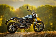 Ducati Scrambler Sixty2, Entry Level, Vespa, Cars And Motorcycles, Motorbikes, Bicycles, Freedom, Wheels, Life