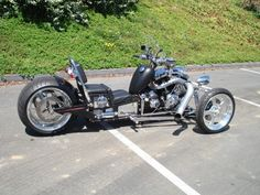 Roadstercycle with HD twin