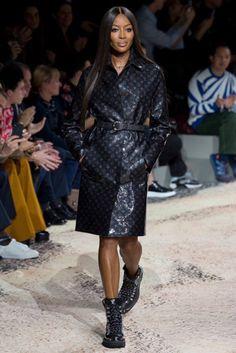 ad9f97cfb6d Naomi Campbell and Kate Moss closing Kim Jones' final Louis Vuitton show.  Vogue Fashion