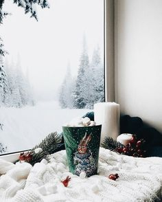 I N S T A G R A M @lolindsay --#winter #holidays #decor #christmas #christmastime #girl