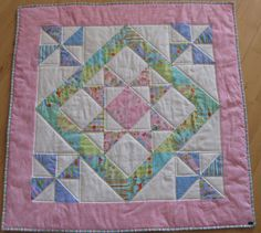 All Momas Quilt: Charm Pack