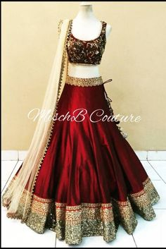 Bollywood Style Model Net Lehenga In ... | Shopo.in