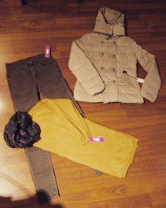 # superskinny #jeans #marrone #maximaglia vari modelli #piumino #corto #cappuccio #valeria #abbigliamento